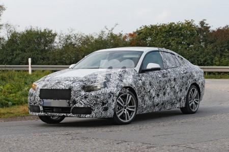 BMW Serie 2 Gran Coupé: cazamos la versión base y el M Performance
