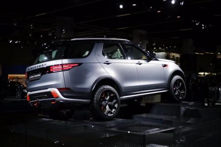 Land Rover Discovery SVX: más capacidad off-road sin renunciar al confort