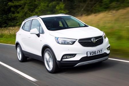 Reino Unido - Agosto 2017: El nuevo Opel Mokka X deslumbra