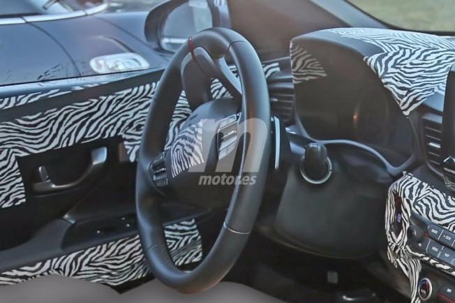 Hyundai Veloster N 2018 - foto espía interior