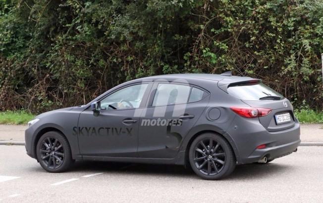 Mazda3 2019 - foto espía