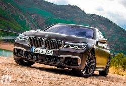¿Cuánto consume un BMW M760Li xDrive en carretera?