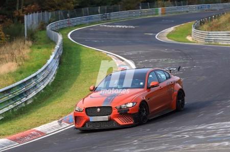 El nuevo Jaguar XE SV Project 8 se enfrenta a Nürburgring