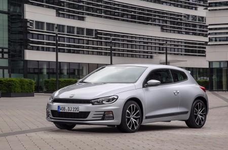El Volkswagen Scirocco se marcha por la puerta de atrás