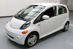Mitsubishi confirma un nuevo utilitario basado en el Renault Clio