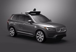 Uber adquiere miles de Volvo XC90 para crear una flota de taxis autónomos
