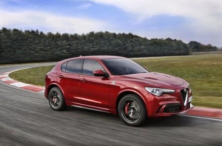 Precio del Alfa Romeo Stelvio Quadrifoglio: la versión más deportiva ya está a la venta