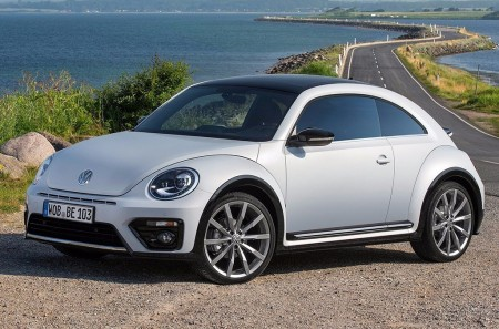 Volkswagen plantea un nuevo Beetle eléctrico y tracción trasera