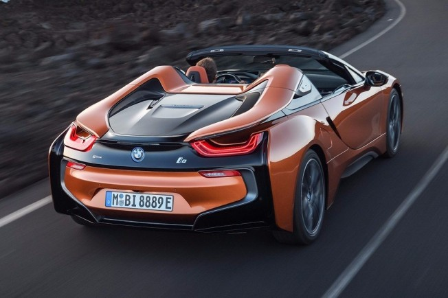 BMW i8 Roadster 2018 - posterior