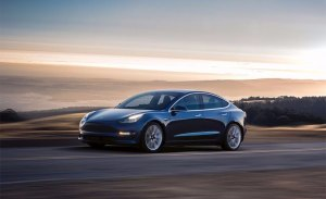 El nuevo Tesla Model 3 tiene una autonomía de 499 km según la EPA