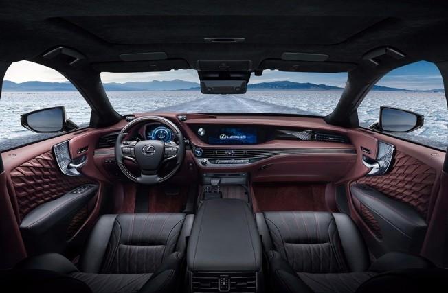 Lexus LS 500h 2018 - interior