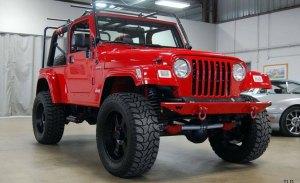 Jeep Wrangler SRT10 con el brutal motor V10 del Dodge Viper