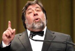 Según Steve Wozniak Tesla y su tecnología están sobrevaloradas