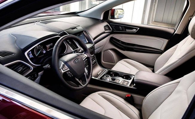 Ford Edge 2018 - interior