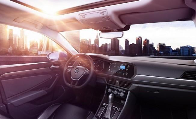 Volkswagen Jetta 2018 - interior
