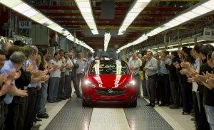 La factoría de Opel en Figueruelas logra un preacuerdo y salva el Corsa