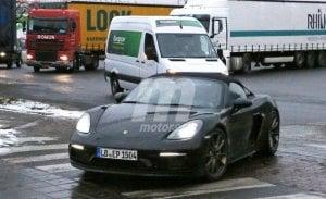 Nuevas fotos espía del Porsche 718 Boxster Spyder completamente destapado