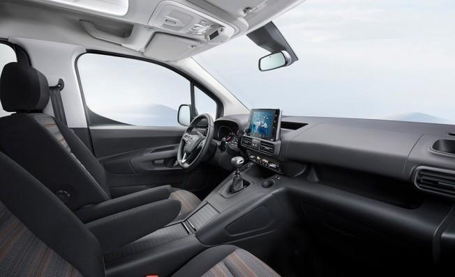Opel Combo 2018 - interior