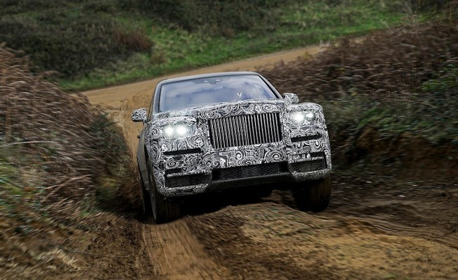 Rolls-Royce Cullinan - frontal