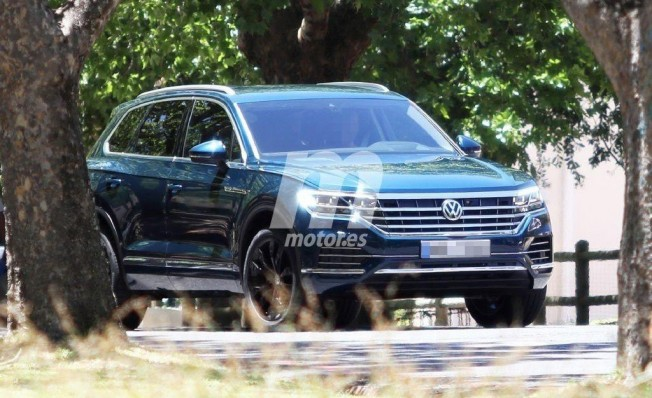 Volkswagen Touareg 2018 - foto espía