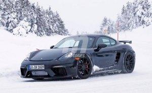 Porsche 718 Cayman GT4: cazado en la nieve el Cayman de 6 cilindros