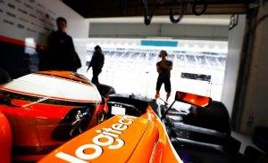McLaren exhibe en un vídeo especial cómo se vivieron los test desde su box
