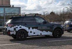 Jaguar Land Rover trabaja en una tecnología de aparcamiento autónomo