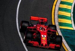 Vettel, al frente de los mojados terceros libres