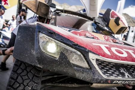 Easy Rally Raid compra los Peugeot 3008 DKR Maxi