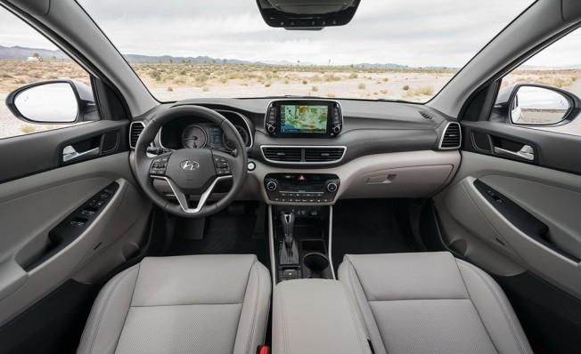 Hyundai Tucson 2018 - interior