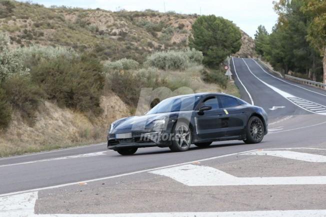 Porsche Mission E 2020 - foto espía