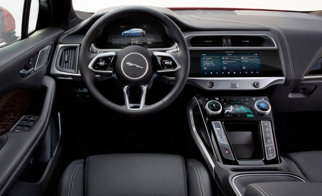 Jaguar I-Pace - interior