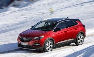 El Opel Grandland X ya ofrece el sistema IntelliGrip para toda su gama de mecánicas