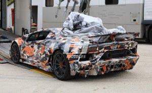 El esperado Lamborghini Aventador SuperVeloce Jota estrena camuflaje