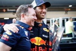 """Horner: """"Dándole un coche como el de China, ¿por qué debería irse Ricciardo?"""""""