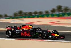 Ricciardo marca territorio frente a Mercedes