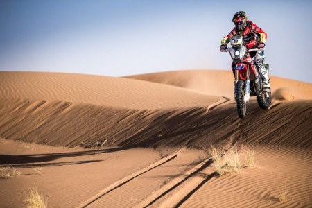 Barreda lidera el doblete de Honda en el Merzouga Rally