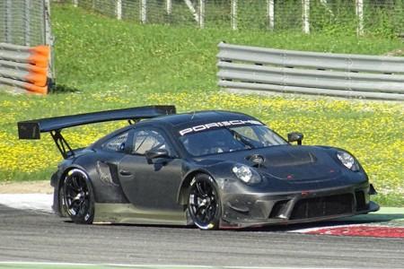 Porsche Motorsport prueba su nuevo 911 GT3 R en Monza