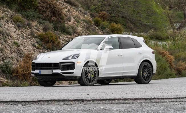 Porsche Cayenne Turbo S E-Hybrid 2018 - foto espía