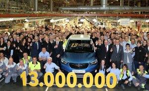 El nuevo Opel Crossland X es el vehículo 13 millones de la planta de Zaragoza