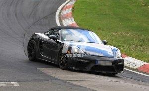 El esperado Porsche 718 Boxster Spyder se enfrenta al trazado de Nürburgring