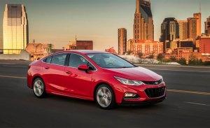 El Chevrolet Cruze es llamado a revisión para evitar que sea pasto de las llamas