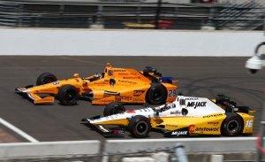 McLaren evalúa competir en IndyCar desde 2019