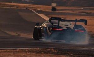 Bruno Senna pone de lado el nuevo McLaren Senna en circuito
