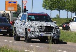 El nuevo Mercedes GLS pierde camuflaje acercándose a su debut en diciembre 2018