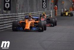 Vandoorne cree que McLaren retrasó su parada por Alonso