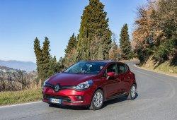Italia - Abril 2018: El Renault Clio impresiona y bate su mejor marca