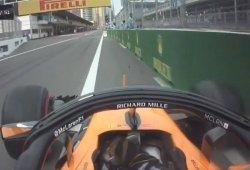 Vídeo: así metió Alonso su coche a boxes tras su incidente en Azerbaiyán