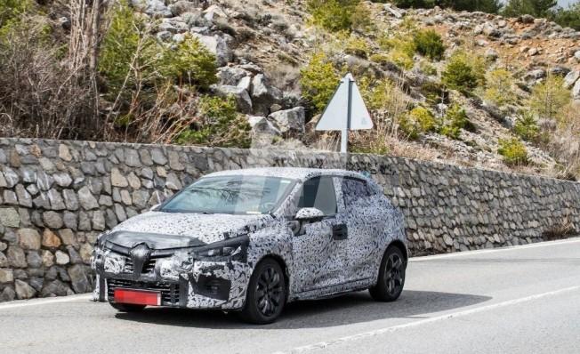 Renault Clio 2019 - foto espía