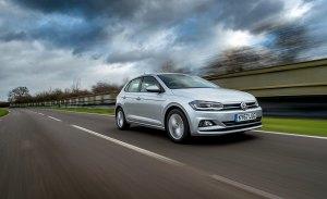 Reino Unido - Abril 2018: El Volkswagen Polo entra en el Top 5